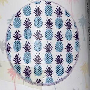 Pineapple around beach/ pool towel